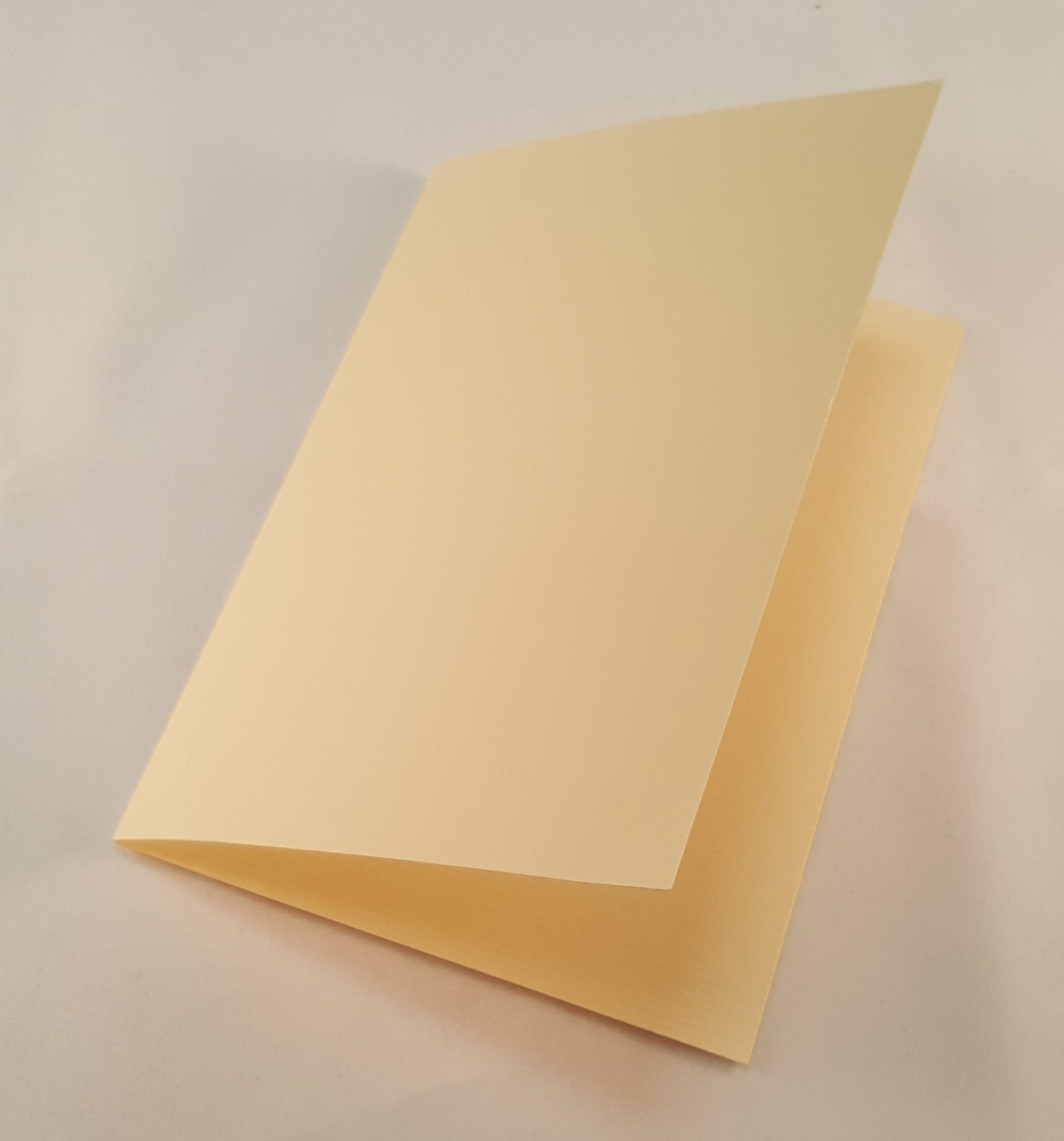 Cartão C6 colorido cor beje