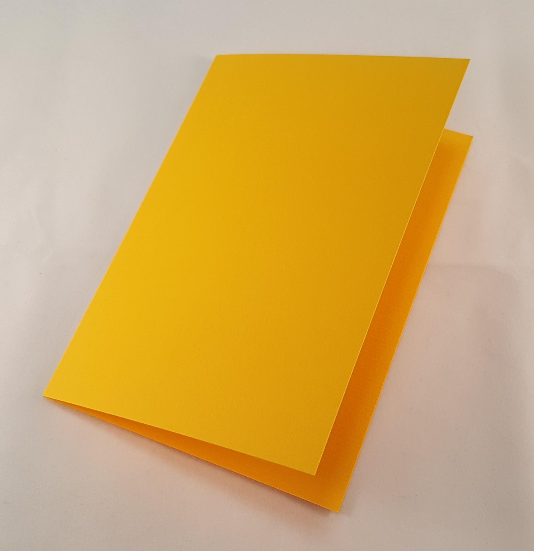 Cartão C6 colorido  cor amarelo torrado