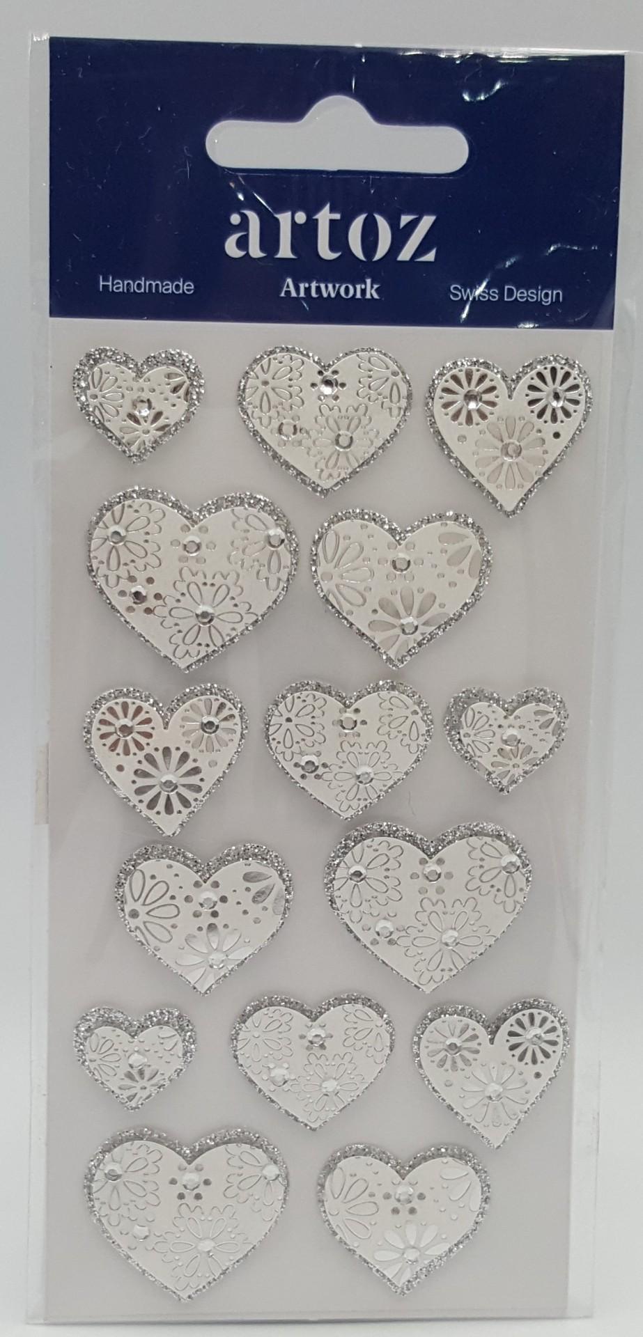 Aplicações scrapbooking - corações prata trabalhados