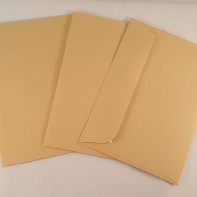 Envelopes C6 coloridos cor castanho claro