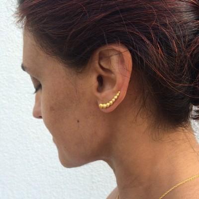 Brinco earcuff pepitas decrescentes