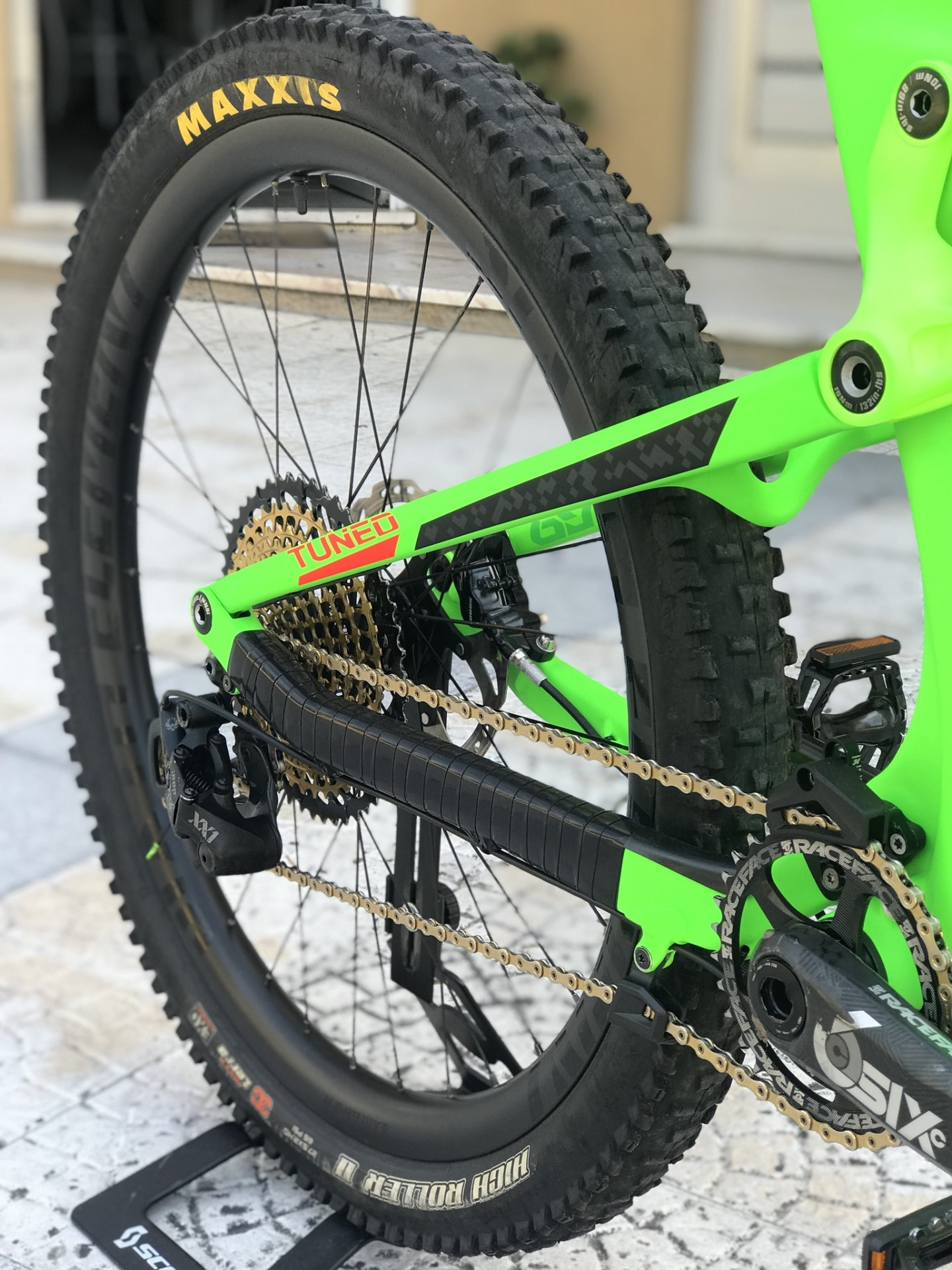 Bicicleta Scott genius 700 Tuned Carbono