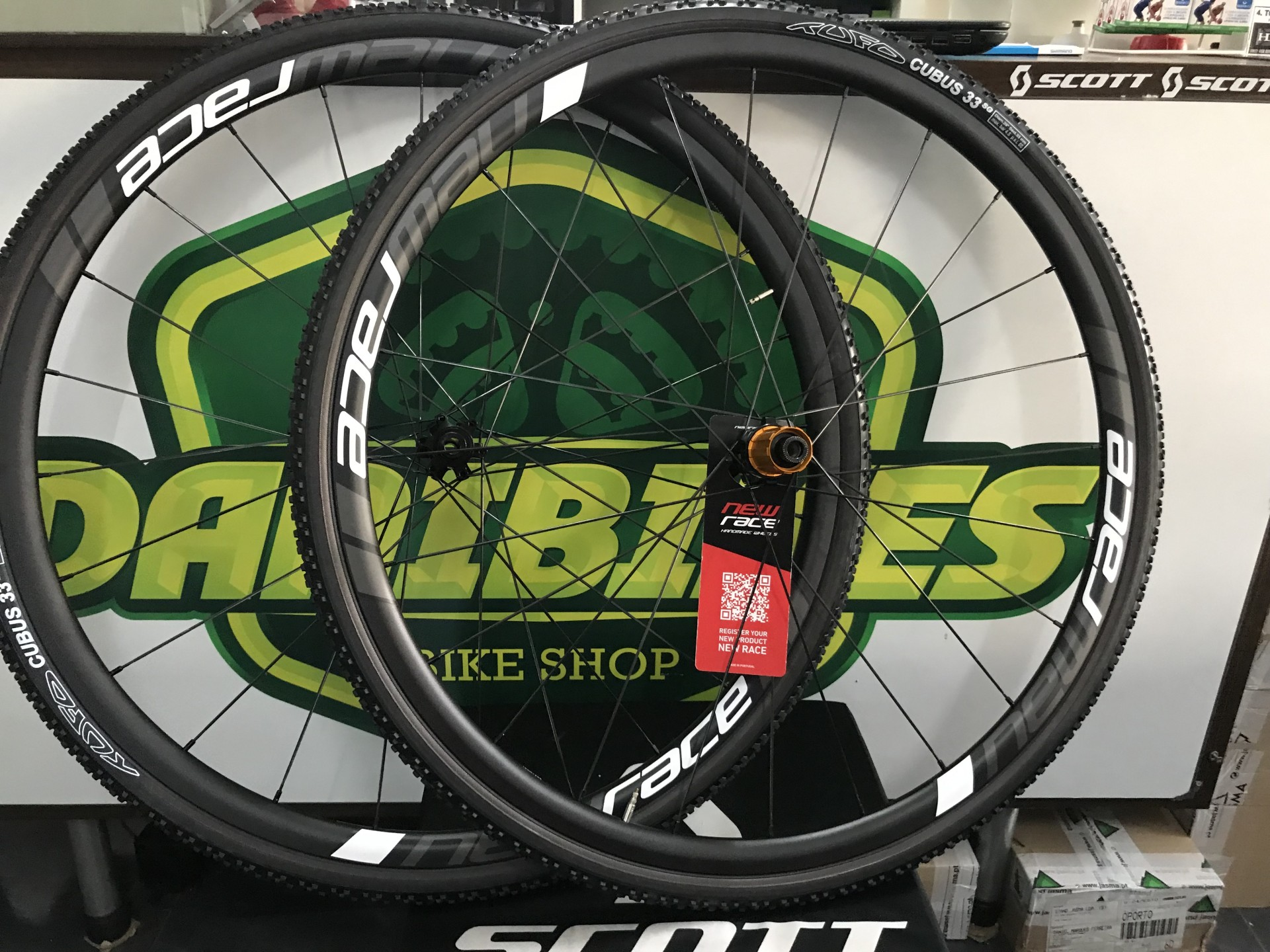 RODAS NEW RACE SL 24 DISC - TUBULAR / SEM PNEUS