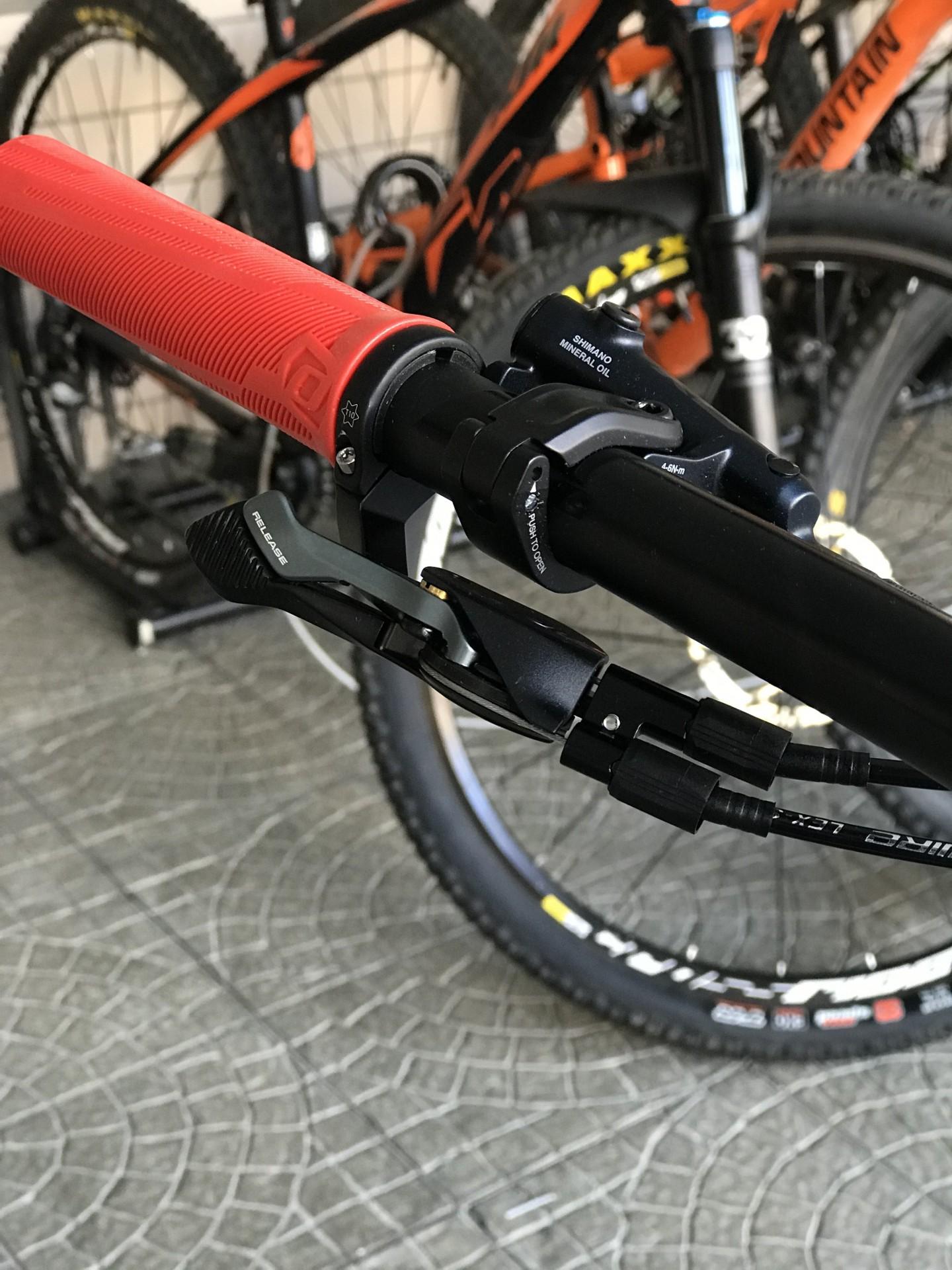 BICICLETA SCOTT SPARK RC 900 TEAM RED