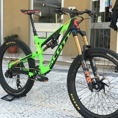 Bicicleta Scott genius 700 Tuned Carbono