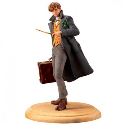 Figura Fantastic Beasts The Crimes Of Grindelwald 1/10 Scale PVC Pre-Painted PVC Statue Newt Scamander