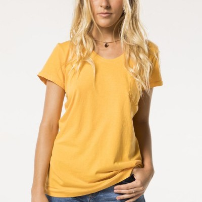 TOPS / T-SHIRTS / BLUSAS WOMAN MADE IN GUARDA