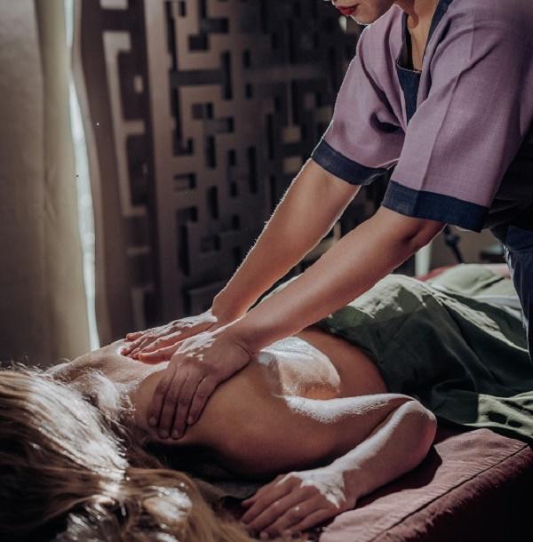 Massagem Back Reviver Promo.  2ª a 5ªf