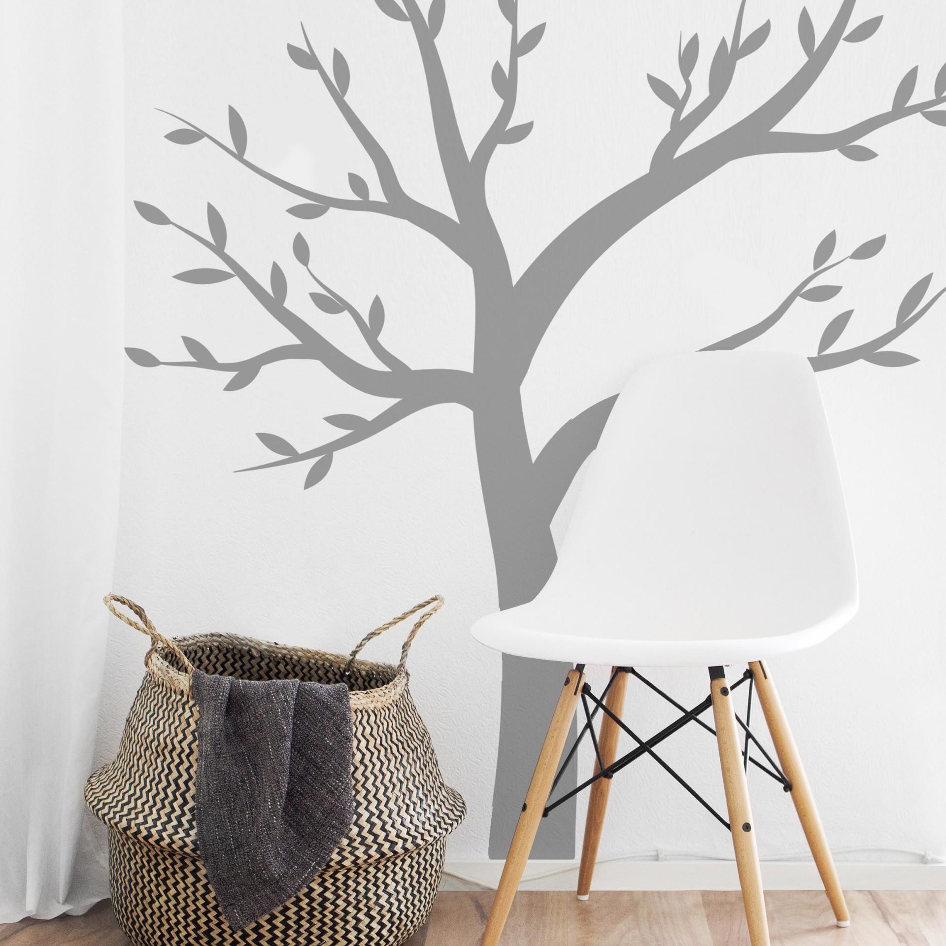 Árvore e folhas