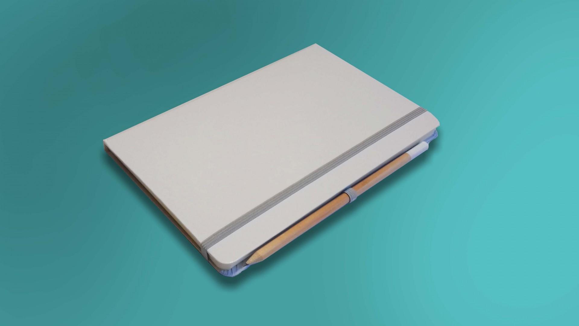 Caderno Branco com Fita Cinzenta