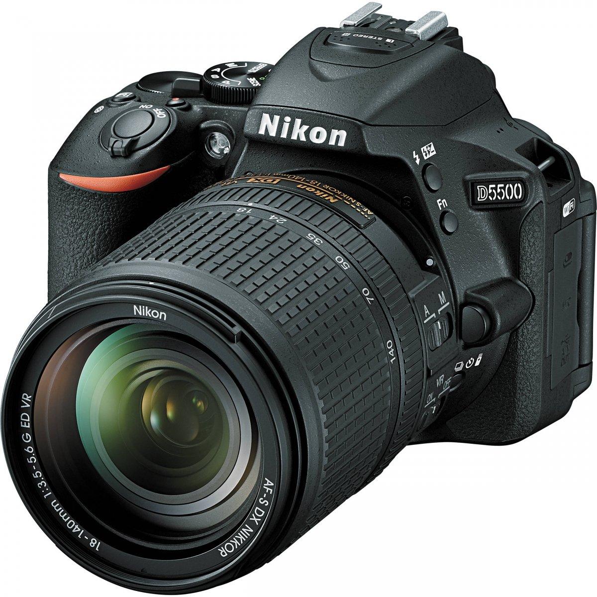 Nikon D5500+ AF-S DX 18-140 G ED VR