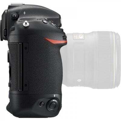 Nikon D5 SLR Body Black XQD Version