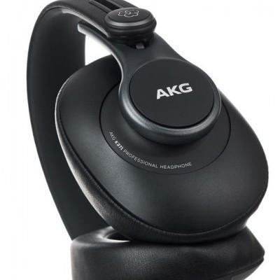 AKG K-371