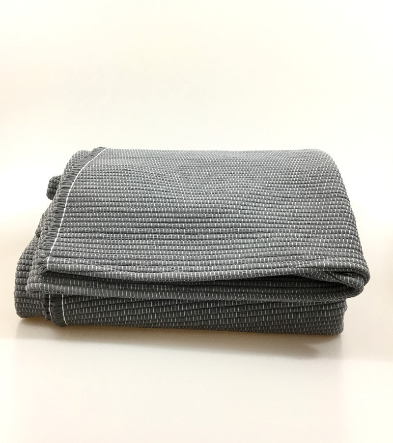 Tapete de algodão cinza