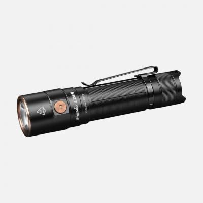 Lanterna Fénix E28R