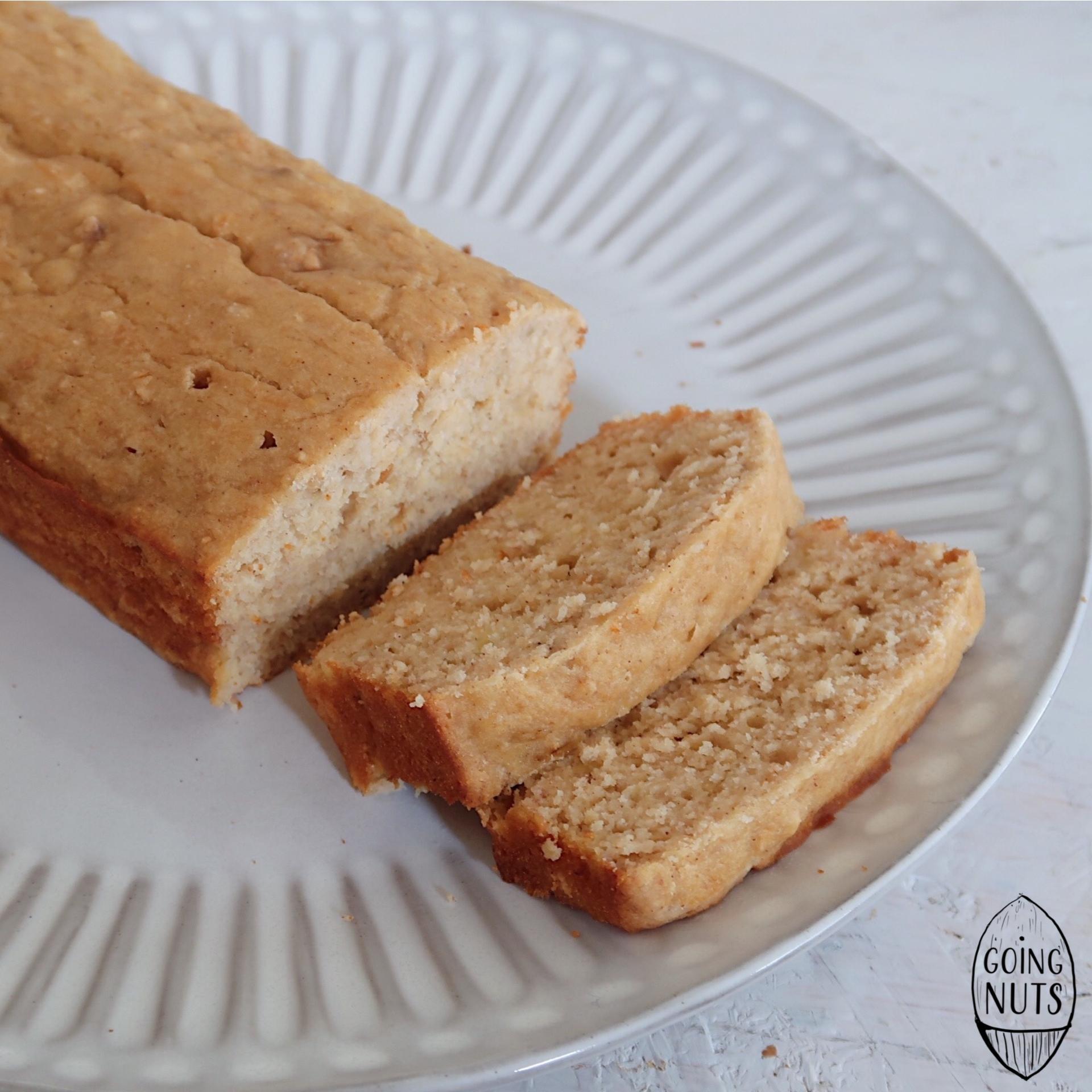 Pão de Banana e Manteiga de Amendoim
