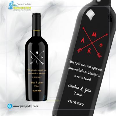 Garrafa de vinho personalizada com tema Amor / Love - GAL04