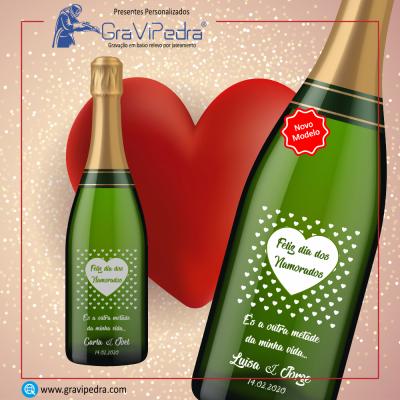 Garrafa vinho personalizada para Dia dos Namorados - GV09
