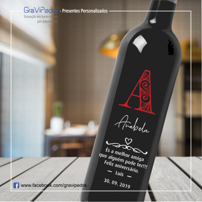 Garrafa de vinho personalizada para Aniversário - GFA03