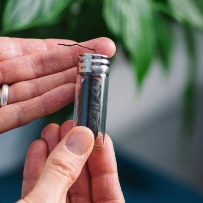 Fio Dentário Natural Georganics - Carvão Ativado