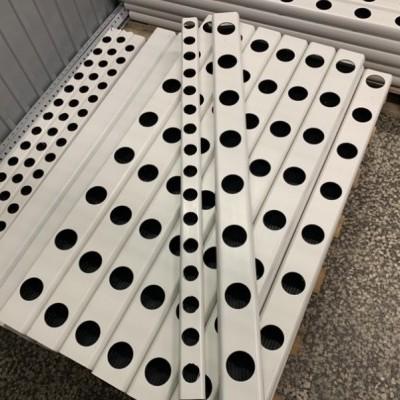 1 metro Perfil Hidropónico Furado de 49 mm