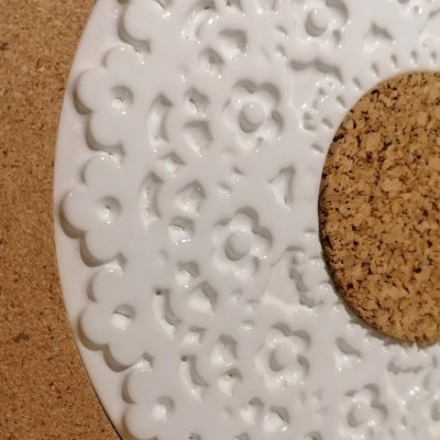 Base Cerâmica & Cortiça Renda