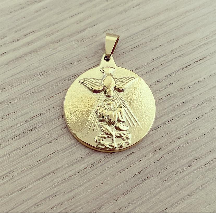 Medalhão Dourado Espírito Santo