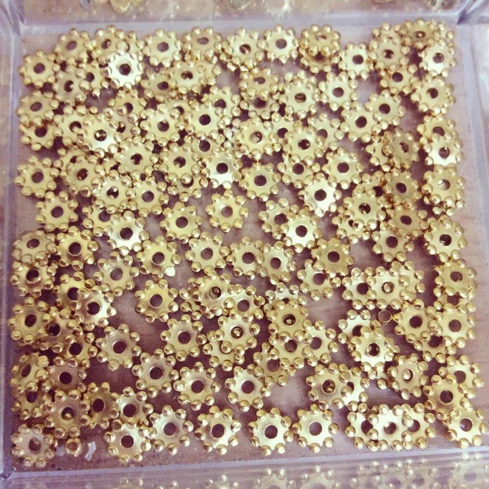 Separador Dourado Picotado