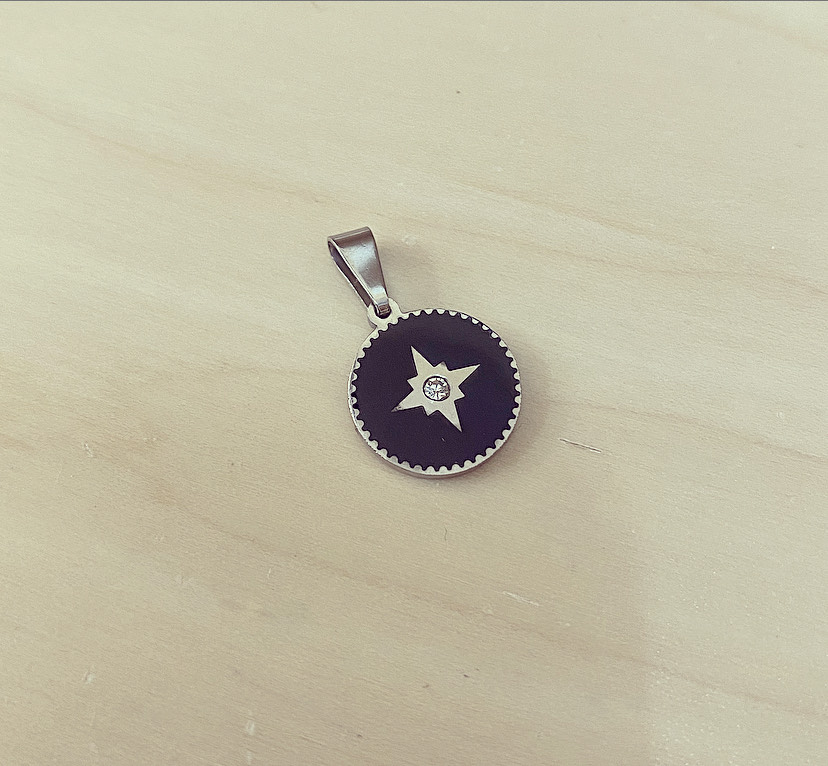 Medalha Prateada e Preta com Estrela