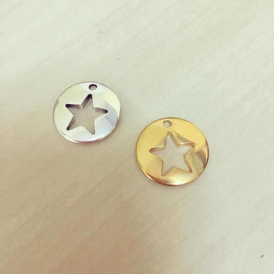 Medalha Estrela Recortada