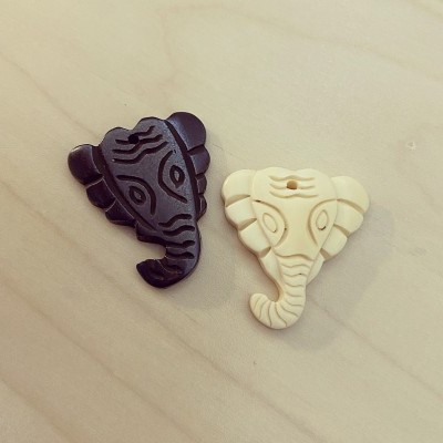 Pendente Elefante Osso