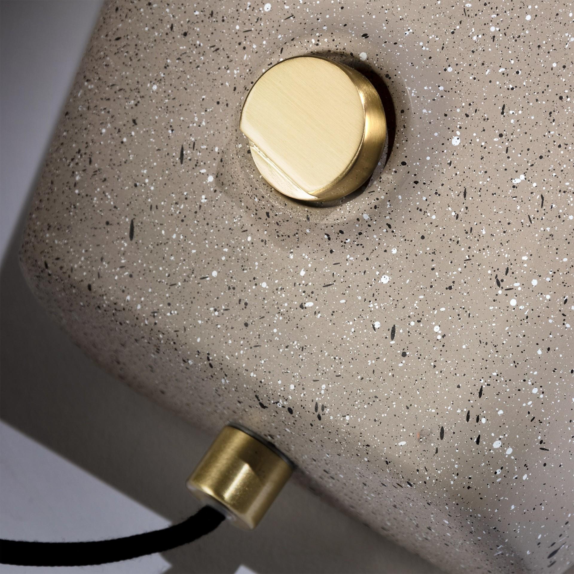 Candeeiro de mesa Alcatra, cimento