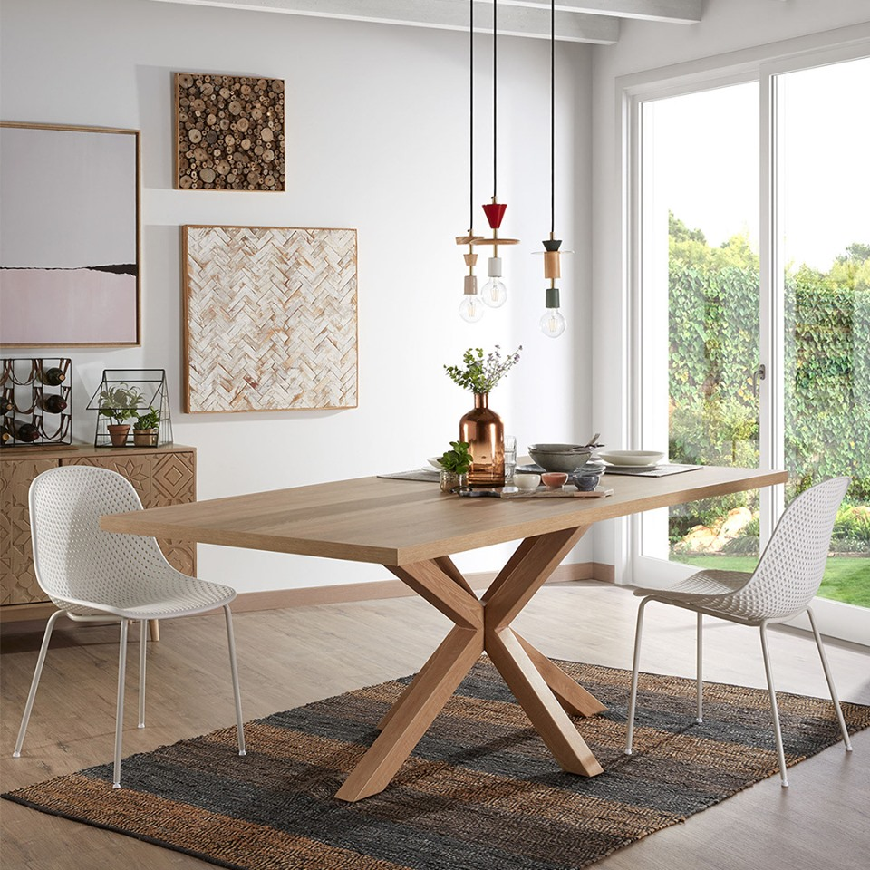 Mesa de jantar Arge, melamina/metal, natural