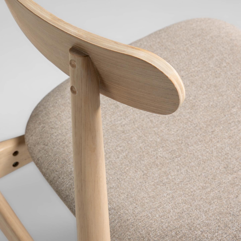 Cadeira Nima, madeira de seringueira, bege