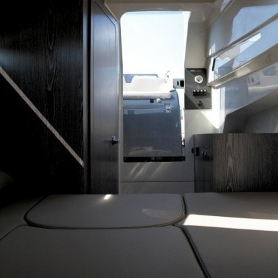 Gran Turismo 8.5 White + 2x BF200