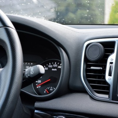 Suporte Magnético 360º Force Plus Wozinsky para automóvel