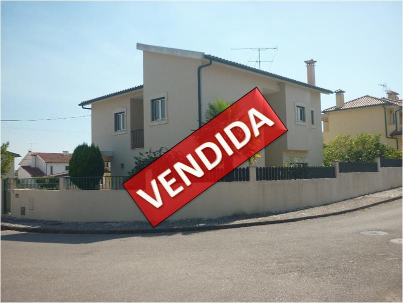 Moradia Isolada T4 em São Silvestre - Coimbra