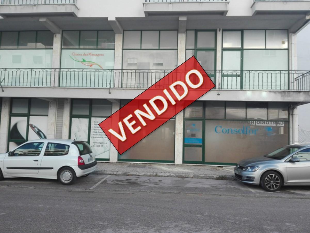 Lote Venda 3 Lojas (Área Total: 267m2) possibilidade rendimento de 10%