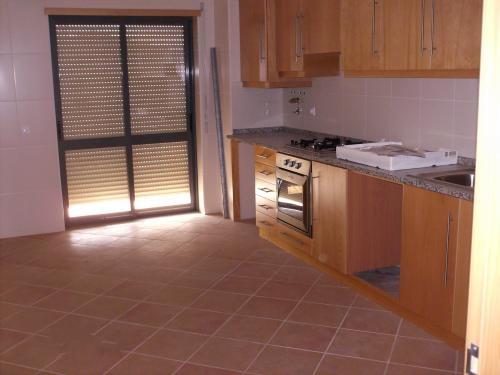 Apartamento T3 c/ Garagem em Pereira