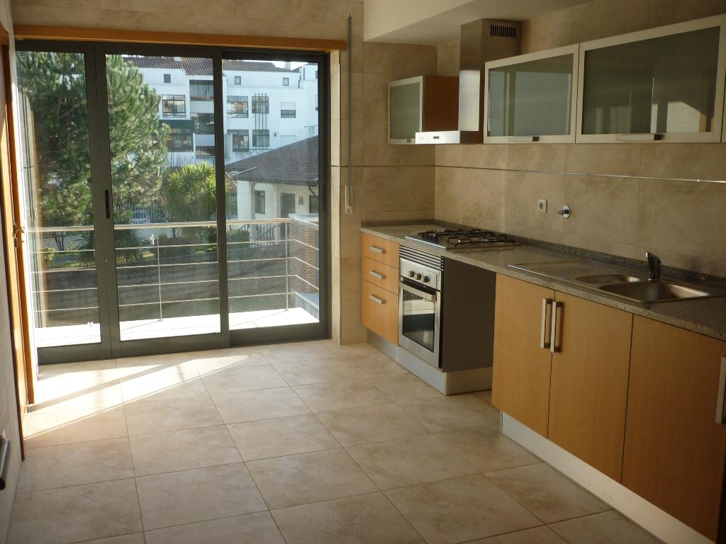Imóvel do Banco - Apartamento T2, Novo na Curia - Anadia