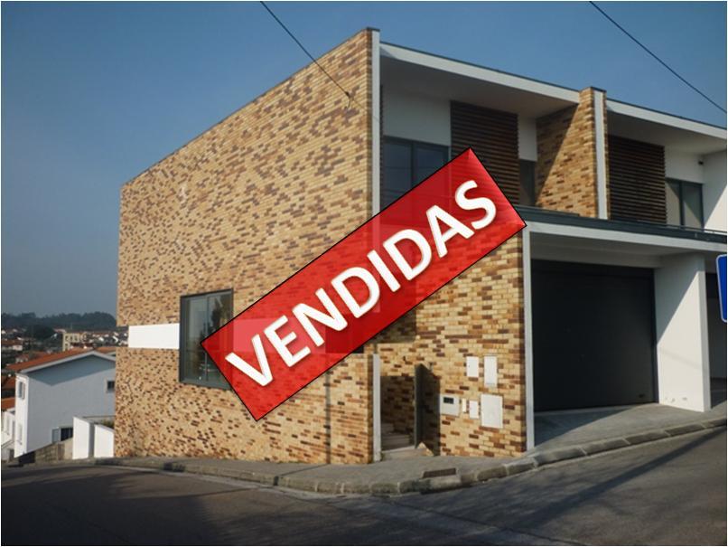 Imóvel do Banco - Moradia T4 c/garagem, Nova na Pampilhosa Botão