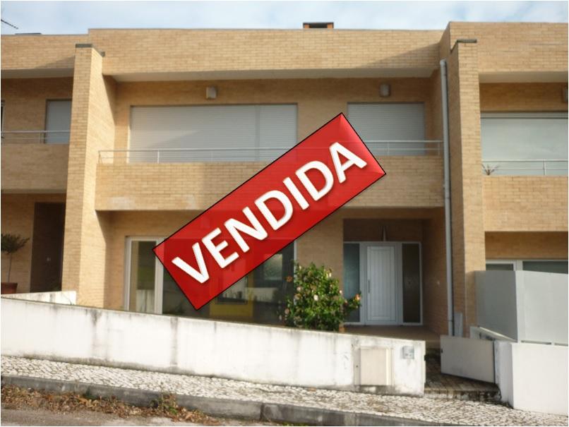Imóvel do Banco - Moradia em Banda com Terraço na Lousã