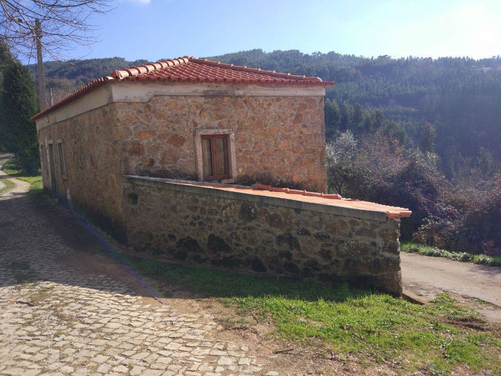 Moradia T3 Nova no Carvalhal da Serra - Penela