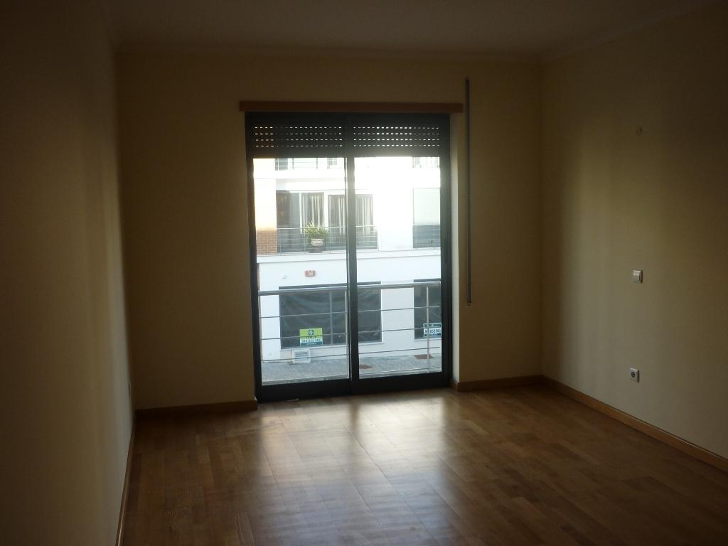 Imóvel do Banco - Apartamento T3, Novo na Curia - Anadia