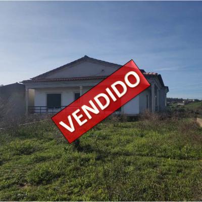 Imóvel do Banco - Moradia Térrea T3 ás portas de Soure