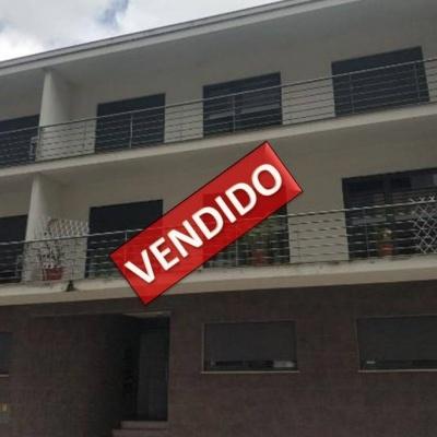 Apartamento T3 na Urb. Vale Lobo em Montemor-o-Velho