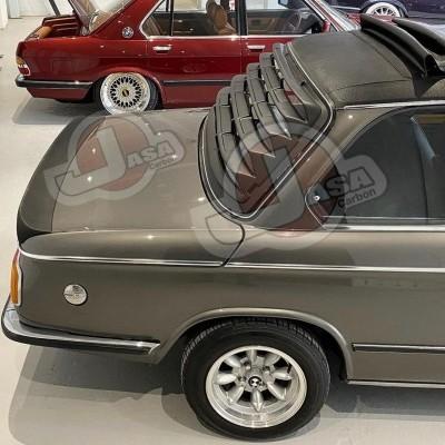 BMW E10 2002  REAR WINDOW LOUVER