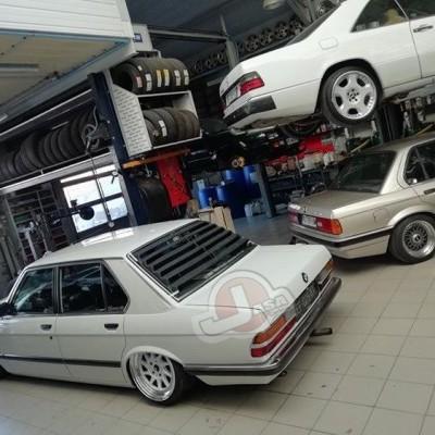 BMW E28 REAR WINDOW LOUVER