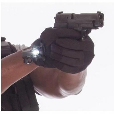 Luvas Exxtremity Patrol com lanterna tática P5S 221B Tactical