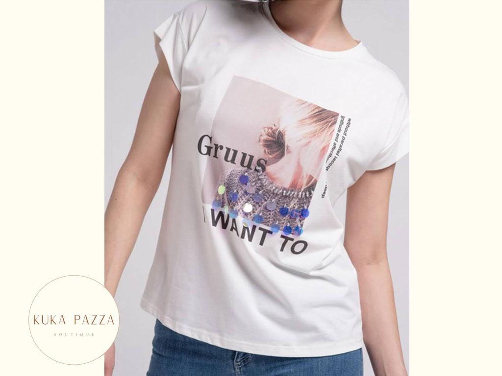 T-shirt Print e Lantejoulas